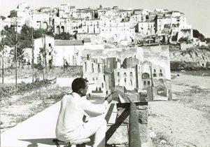 Michele Rosa mentre ritrae il paese di Sperlonga (Fr) a Luglio 1960