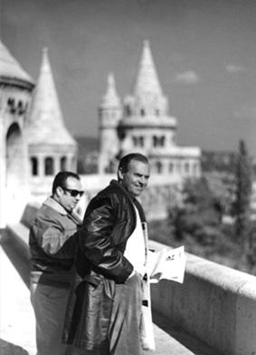 Michele Rosa con l'amico Rolando Sarra durante una visita a Budapest nel 1971