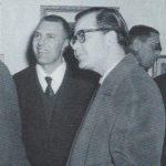 """Michele Rosa con lo scrittore siciliano Giuseppe Bonaviri presso la galleria d'arte """"la saletta"""" - 1961"""