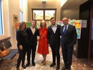 Errico Rosa e famiglia con l'Ambasciatore Franchini