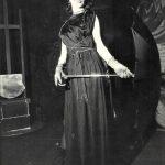 Nadia Vasil durante una performance teatrale
